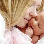Marsupioterapia: effetti del contatto cutaneo tra madri e neonati prematuri