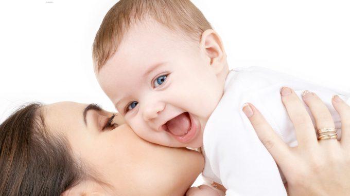 """La """"buona madre"""" e il mal-essere materno. Una riflessione sugli aspetti negativi della maternità"""