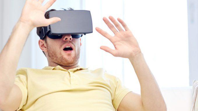 Daniel Freeman e l'Oxford VR. Un impegno virtuale per la salute mentale del Regno Unito