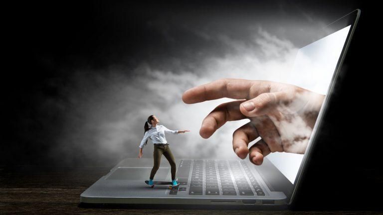 Dipendenza da Internet e social network: i costrutti correlati al fenomeno