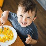 Alimentazione: dall'allattamento all'alimentazione autonoma del bambino