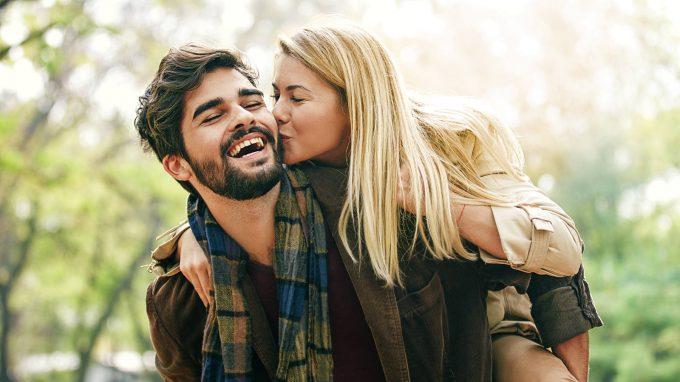 Attaccamento alle figure genitoriali e relazioni amorose