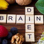Demenza: possibile aumento del rischio in base al tipo di alimentazione