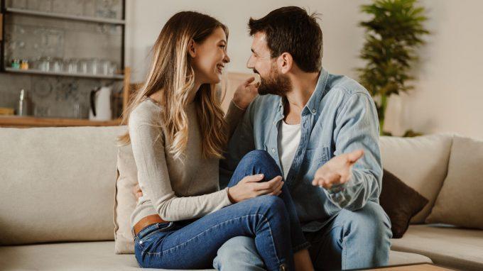 Intimate touch: l'importanza del tocco del partner nelle relazioni sentimentali