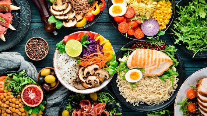 Alimentazione ed emozioni: uno stretto legame – Il video di Psychoarea