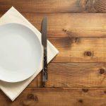 Anoressia nervosa: il ruolo di digiuno, perfezionismo e disgusto