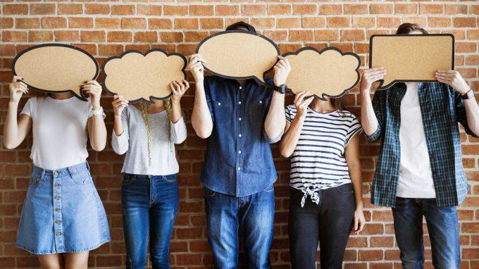 Pensieri, linguaggi e spazi della rete: come e perché influenzano la mente degli adolescenti