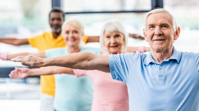Benefici dell'attività fisica sull'invecchiamento cognitivo. Come l'attività fisica incide sulle caratteristiche cognitive e psicologiche degli anziani