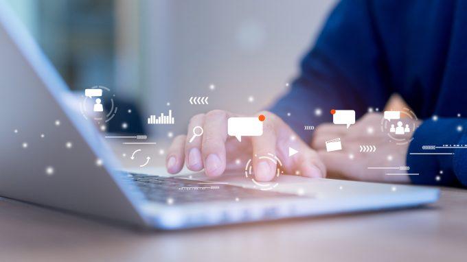 L'uso di internet nel paziente oncologico: fattori di rischio e di protezione