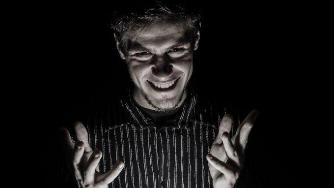 Psicopatia e aggressività: il ruolo della disregolazione emotiva