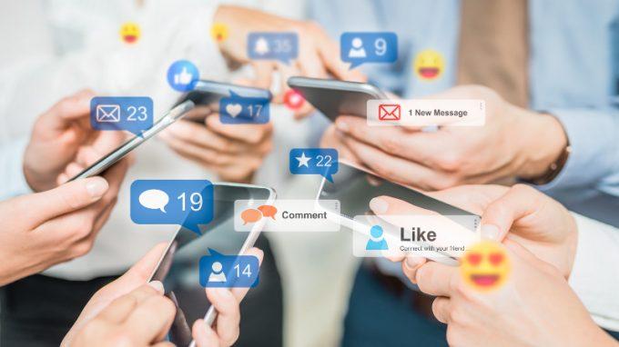 Uso dei social media e sofferenza emotiva