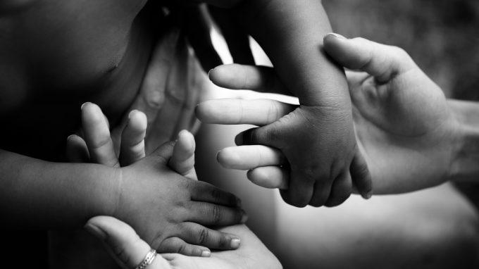 I vissuti del bambino adottato nei confronti della madre biologica