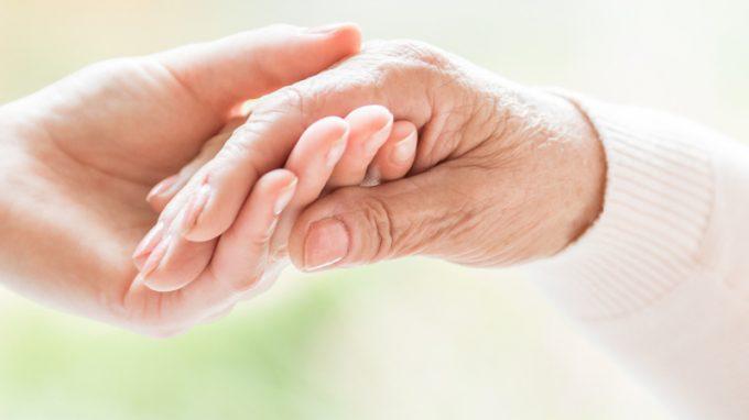 Il nurturing touch come strumento di relazione nella demenza grave