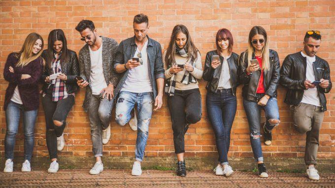 TikTok: quali usi e gratificazioni ricercate dagli utenti adolescenti e preadolescenti?