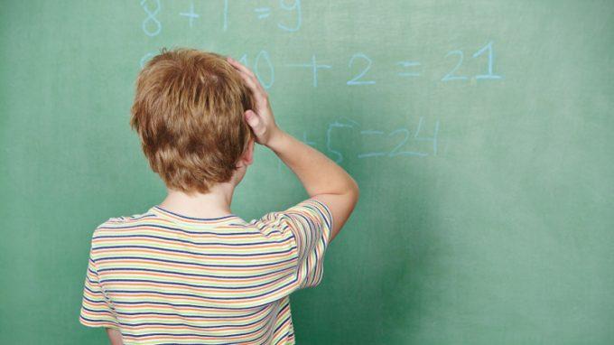 La relazione tra difficoltà di calcolo, ansia per la matematica e funzioni esecutive: uno studio nelle classi terze, quarte e quinte della scuola primaria