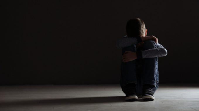 Applicazione del protocollo cognitivo-comportamentale, potenziato con l'Acceptance and Commitment Therapy in un caso di disturbo reattivo dell'attaccamento dell'infanzia con presenza di parafilie