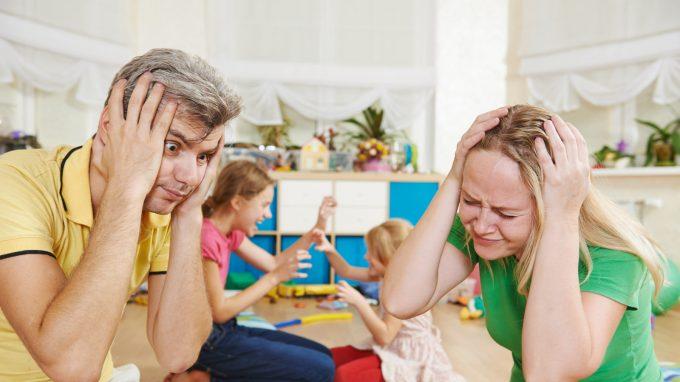 Rischio burnout per i genitori? Possibili effetti dello stress in famiglia