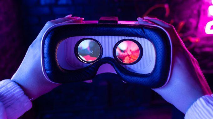 Embodiment in Avatar in Realtà virtuale: gli effetti a livello comportamentale, cognitivo, ed emotivo