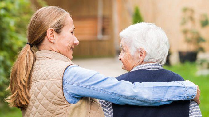 Alzheimer: nuove frontiere e il ruolo dello psicologo nella cura del malato e nel supporto alla famiglia