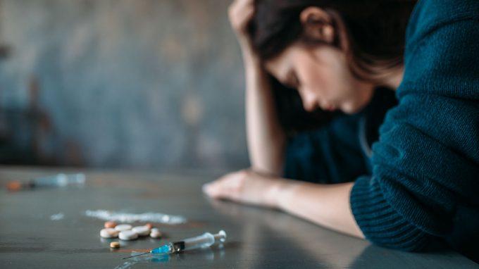 È possibile ridurre l'auto-stigma e la vergogna che affliggono le donne tossicodipendenti?