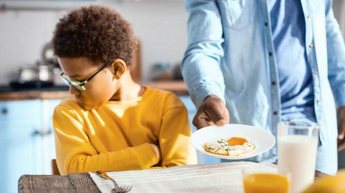 Il disturbo selettivo e restrittivo dell'alimentazione (ARFID): possibili cause e trattamenti