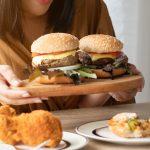 Binge eating e binge drinking: disregolazione emotiva e comorbidità